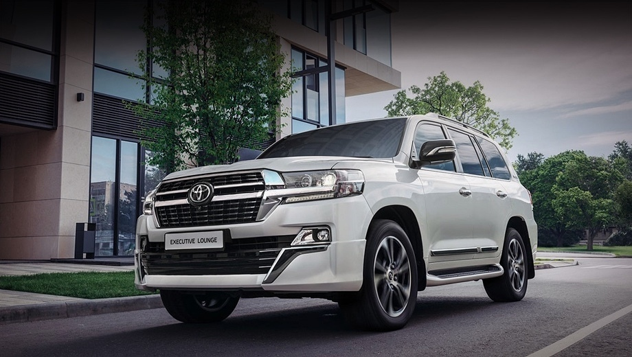 Модель Toyota Land Cruiser 200 Executive Lounge обновилась